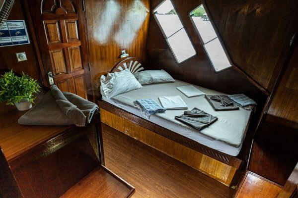 upper-deck-standard-cabin-copy1A160ED1-95FA-30EE-7ACF-875848E6155D.jpeg